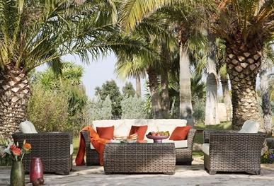 Attrayant Hospitality Rattan Conversation Sets