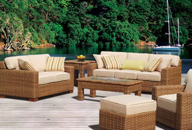 Exceptionnel South Sea Rattan Conversation Sets