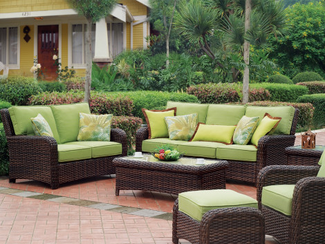 South Sea Rattan Saint Tropez 6 Piece Wicker Conversation Set