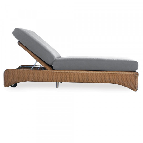 Lloyd Flanders Wicker Chaise Lounge
