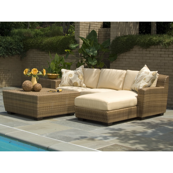 WhiteCraft by Woodard Saddleback 4 Piece Wicker Sectional Set
