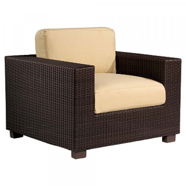 WhiteCraft by Woodard Montecito Wicker Lounge Chair