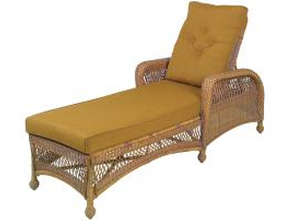 Longboat key casa del mar wicker adjustable chaise lounge for Bamboo chaise lounge