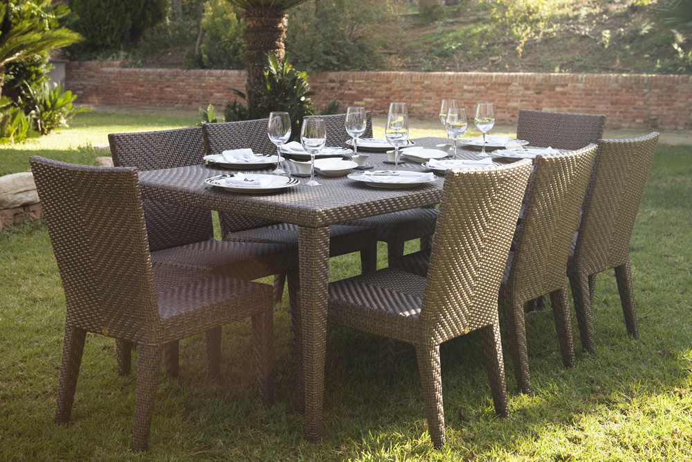 Hospitality Rattan Soho 9 Piece Wicker Dining Set
