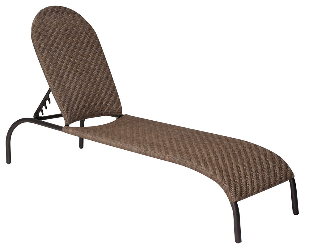 Whitecraft by woodard barlow adjustable wicker chaise for Bamboo chaise lounge