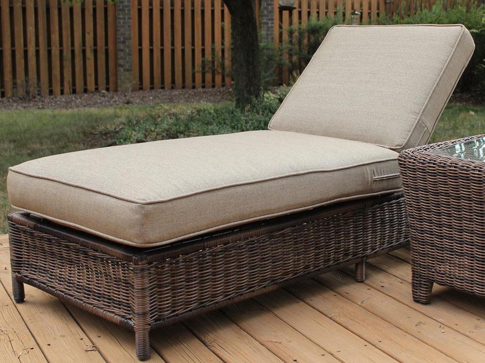 south sea rattan del ray wicker chaise lounge. Black Bedroom Furniture Sets. Home Design Ideas