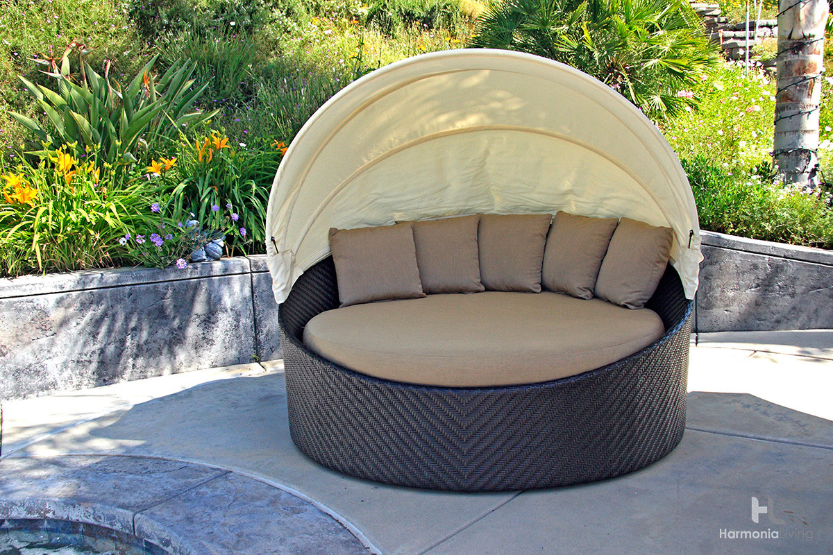 Harmonia Living Wink Wicker Daybed
