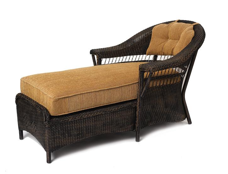 Lloyd flanders centennial wicker chaise lounge for Black wicker chaise lounge