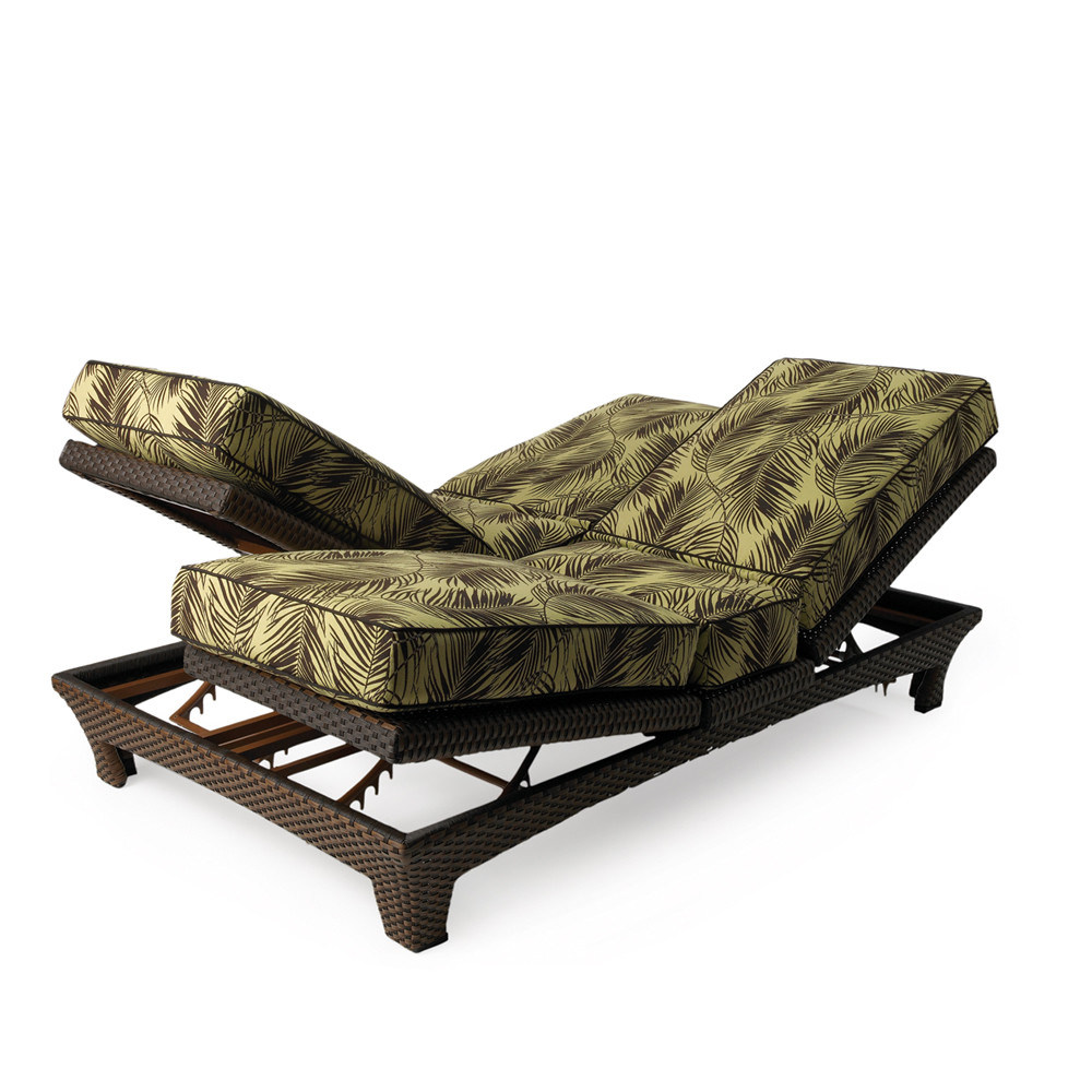 Lloyd flanders wicker sunchaser adjustable double chaise for Cane chaise lounge