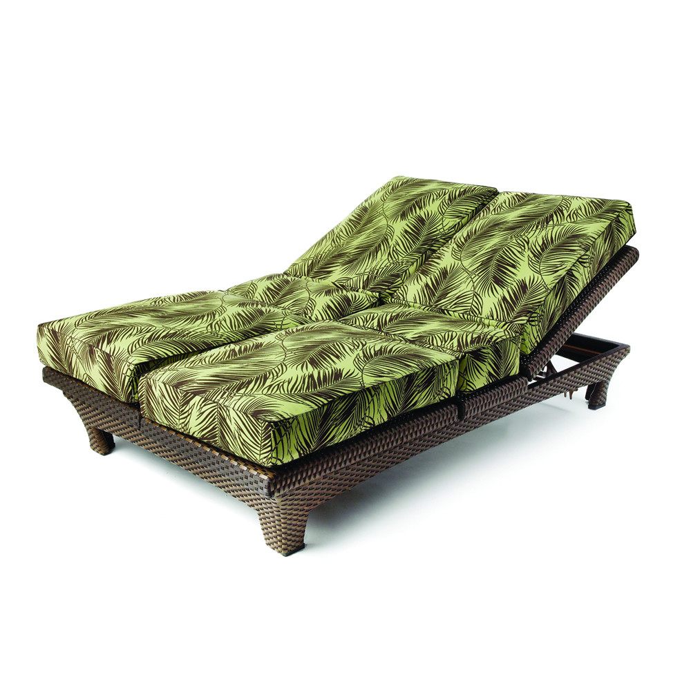 Lloyd flanders wicker sunchaser adjustable double chaise for Black wicker chaise lounge