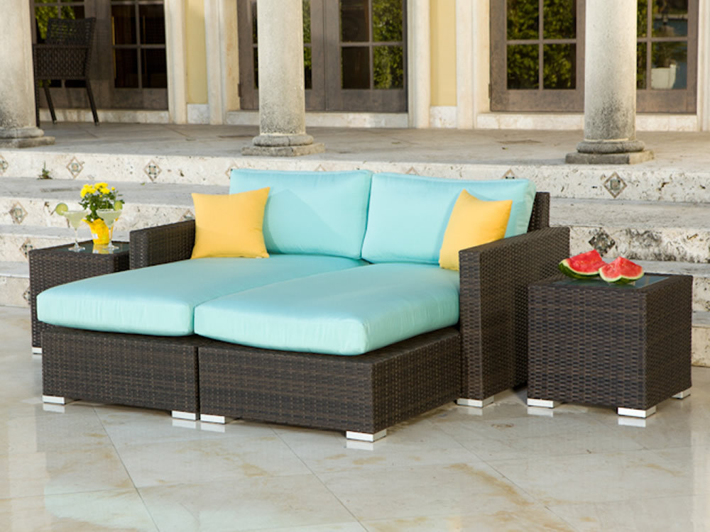 Source outdoor lucaya wicker 4 piece sectional chaise for Patio lounge sets