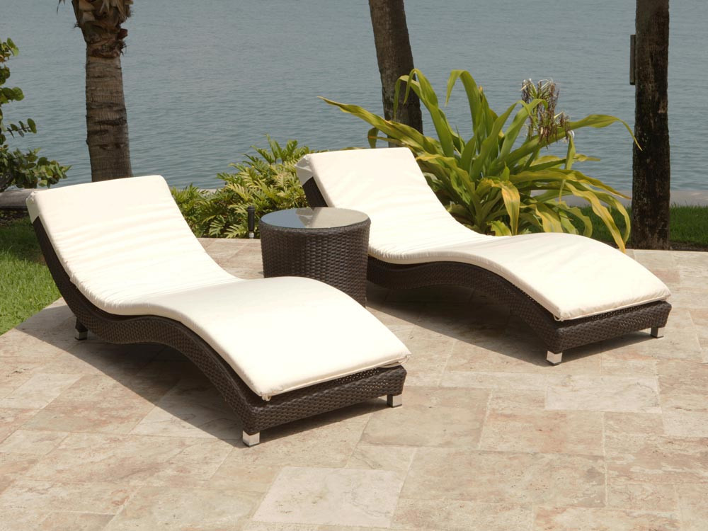 Source outdoor wave 3 piece wicker chaise lounge set for 2 person outdoor chaise lounge