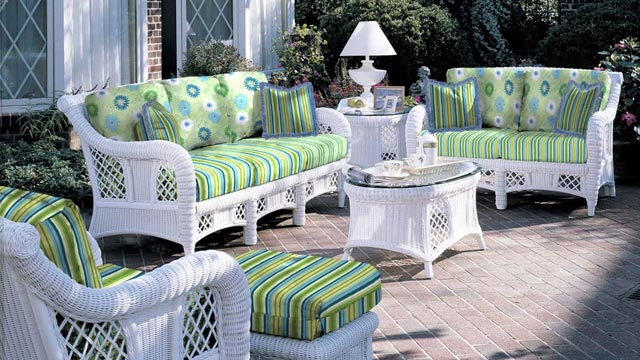 South Sea Rattan 5 Piece Carlyle Wicker Conversation Package